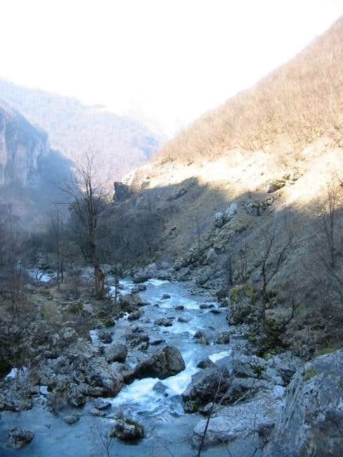 Rakitnica canyon ...