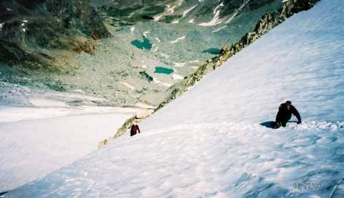 Below the Goosneck Pinnacle