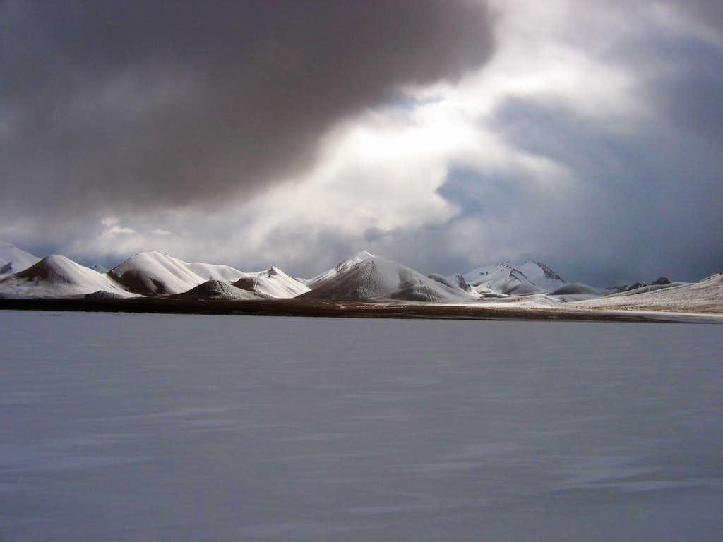 Coming storm on the Aksai Chin Plateau