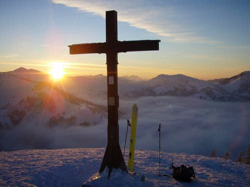 Rangiswangerhorn (1615m) summit sundown