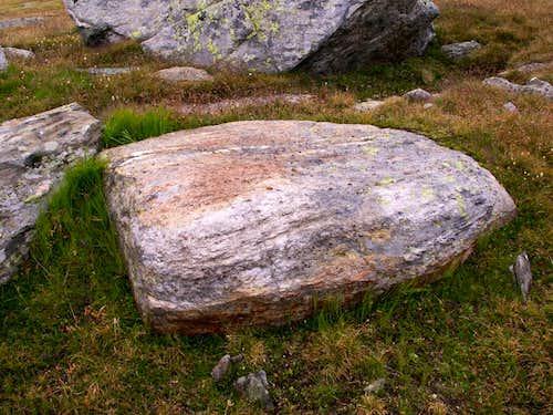 A gneiss boulder...