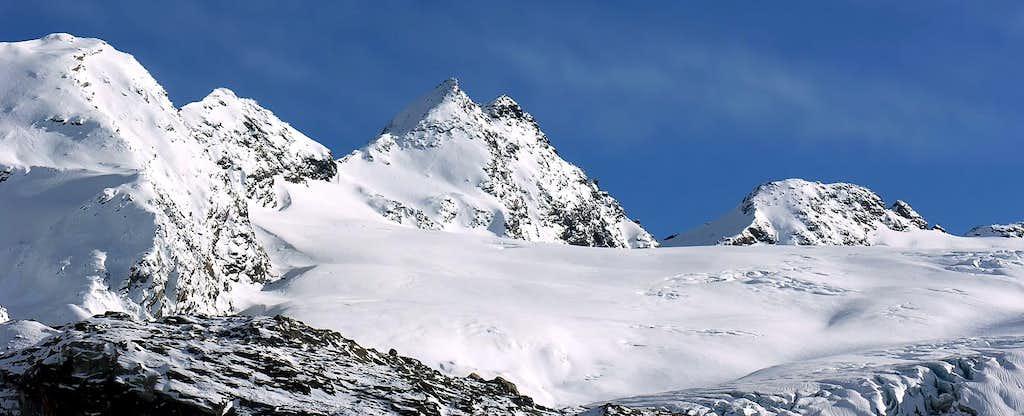 Il Flambeau (3315m), il Monte Doravidi...