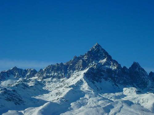 Monte Viso from NE (Ostanetta...