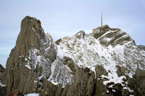 On the Lysengrat ridge
