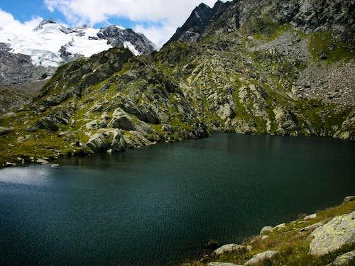 Monte Doravidi and Chateau Blanc glacier