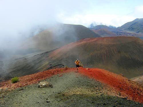 Maui - Trail running in the Haleakala crater