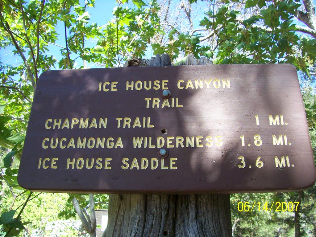 Icehouse Canyon Trailhead