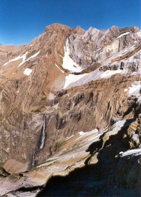 Pico del Marboré and La Grande Cascade