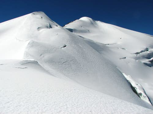 Traverse Unnamed Peak 6161m - Mt Qunyang