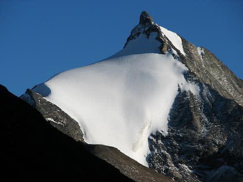 Mengjiu Zhari (6110m)