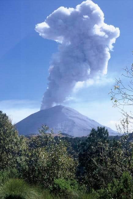 Eruption in the Popo