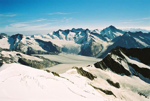 Finsteraarhorn 4274m and Co.