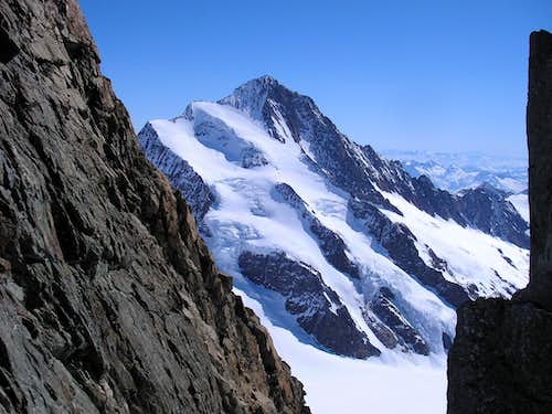 Finsteraarhorn 4274m - North-west ridge