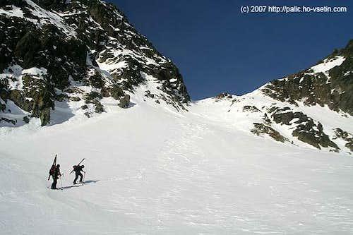 Climbing to Sedielko pass