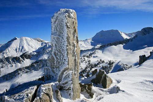 Obelisk (Hogum Divide)