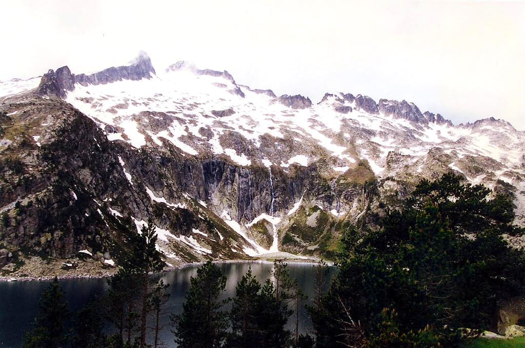 Neouvielle seen from the Lac d'Aubert