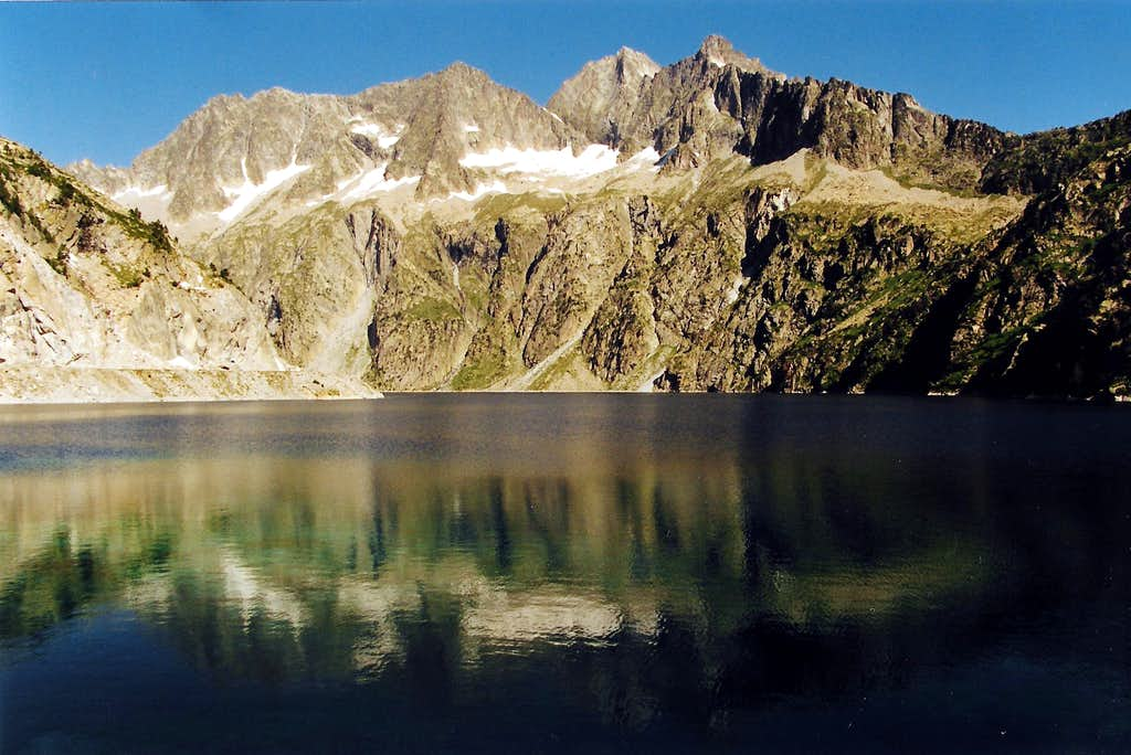 View from the Lac de Cap de long