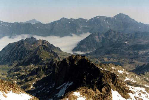 Montaigu and Midi de Bigorre seen from the Neouvielle