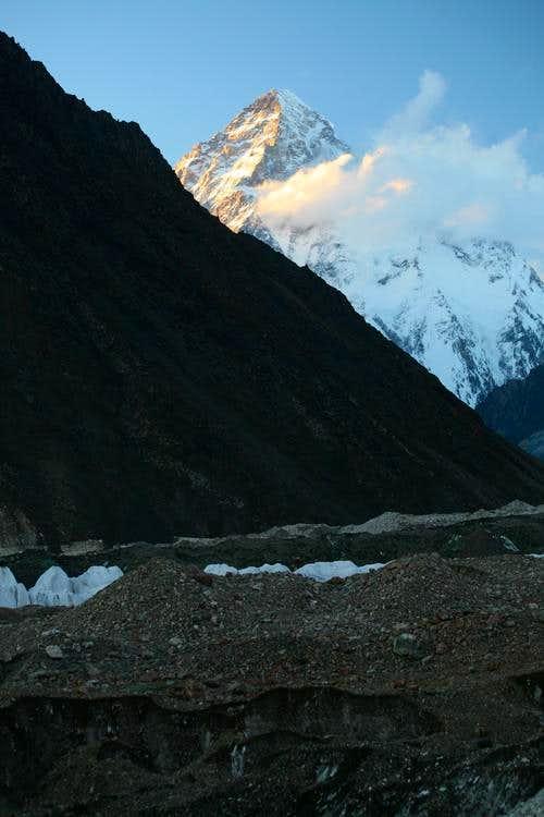 K-2 (8611m), Karakoram, Pakistan