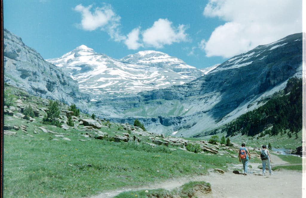 Ordesa Gorge trail