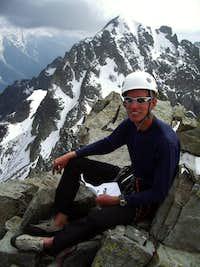 At the top of Voie Ravanel