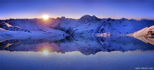 Caucasus sunrise reflextion...
