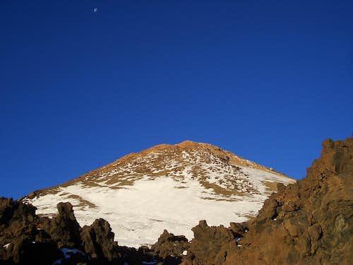 Teide (3718m highest Spain) and Moon
