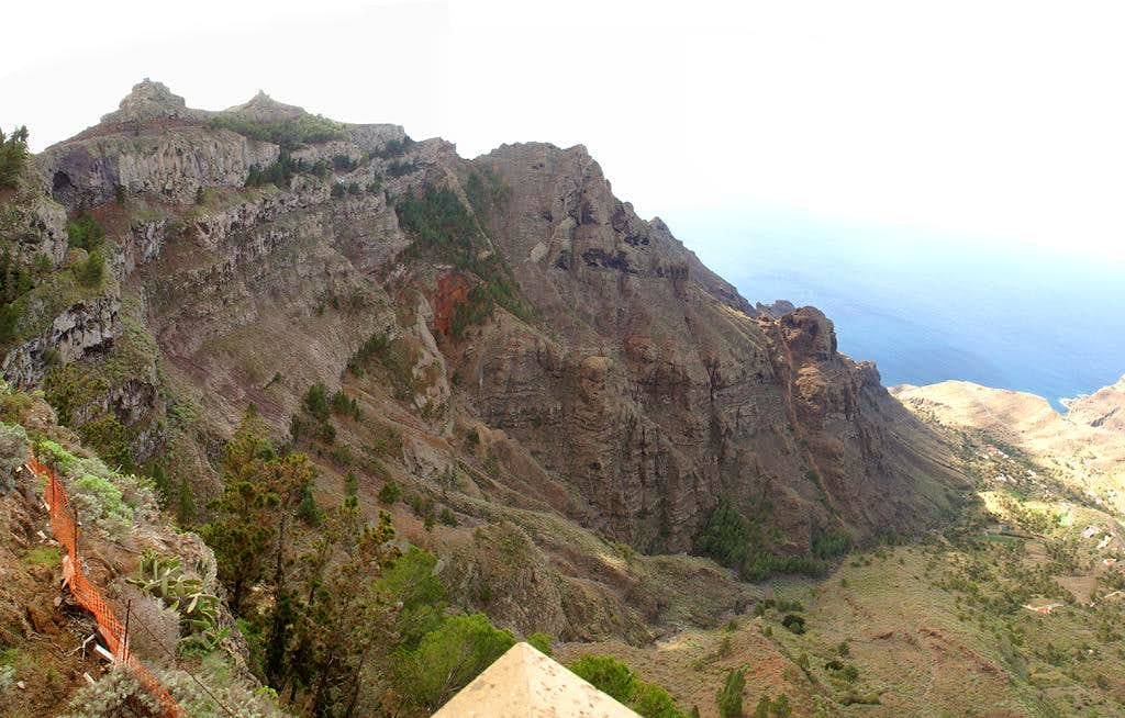 The La Merica north face