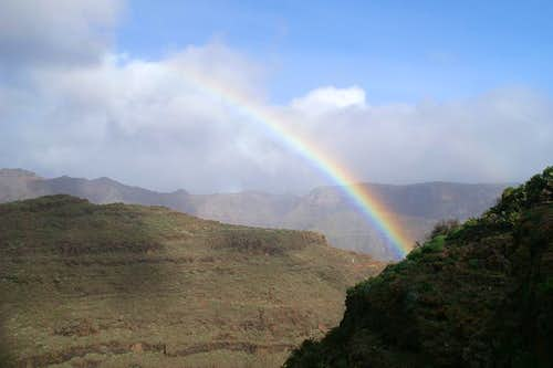 Rainbow above Cuesta del Barro and La Merica