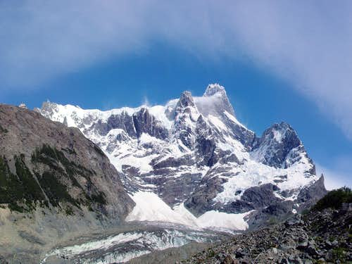 Cerro Paine Grande (3000m +-250m?)
