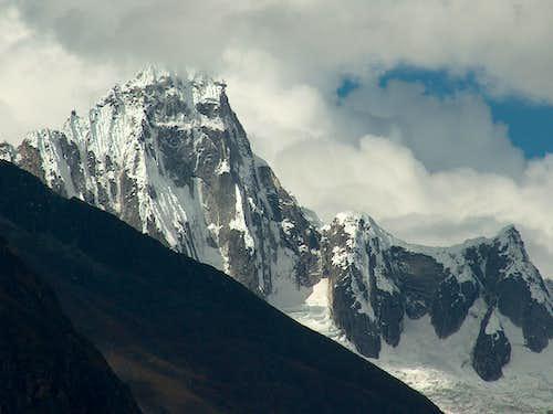 Nevado Taullirraju