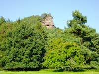 The Hirtsfels as seen from Hirschthal