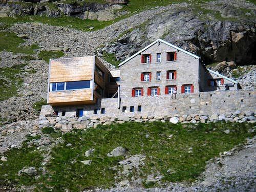 Tschierva Hut  2584m