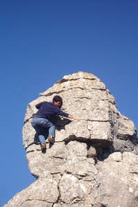Bouldering in the Yellow Route of El Torcal, Málaga