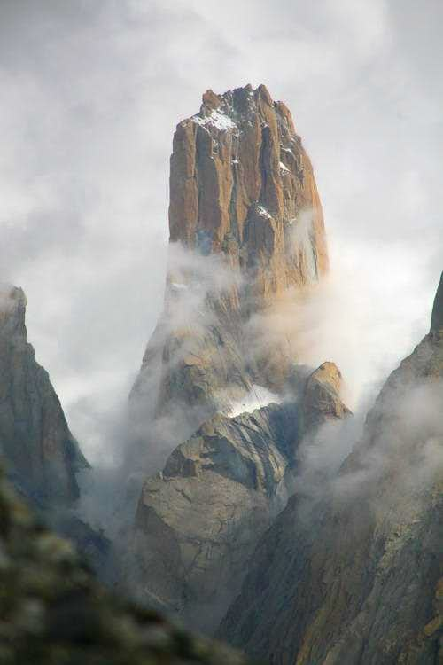 Trango Nameless Tower (6239m), Karakoram, Pakistan