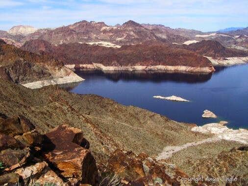 Vistas from Arch Mountain's ridge