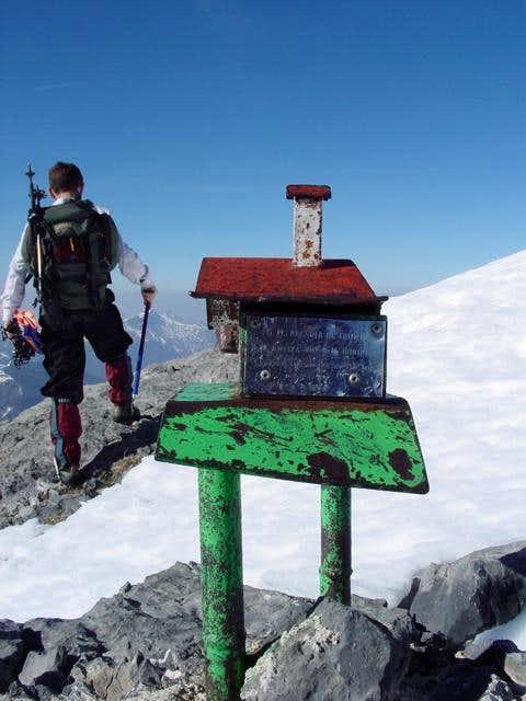 Summit of Chinebral