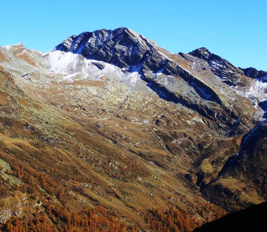 Corno Piglimò From Bors Valley.