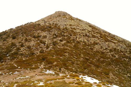 Montón de Trigo via Peña Bercial in winter