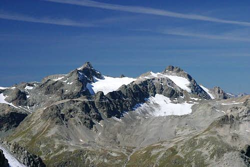 Piz Calderas 3397m (left) and Piz d'Err 3378m (right)