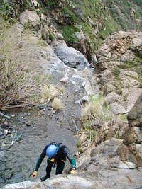 Down-clinbing to Tanrverdi Falls