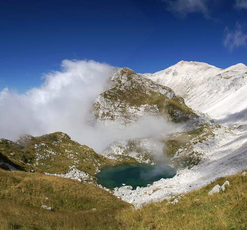 Luzinca Lake and Batognica (2164m)