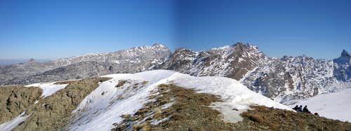 Lapakiza summit panorama