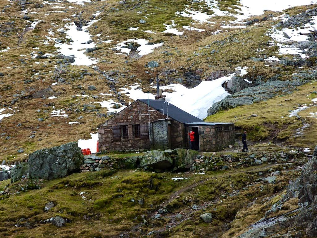 CIC hut