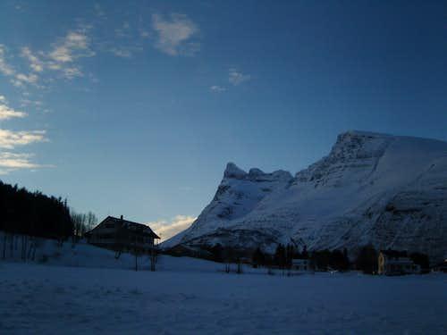 Snowy Otertind
