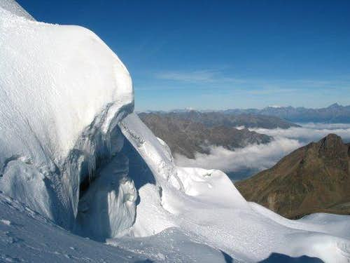 Jägihorn with icefall on the...