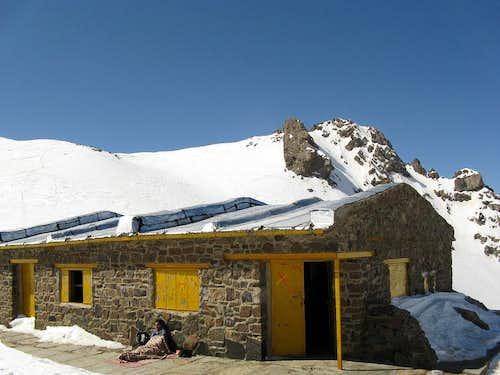 Kalagh Lan Shelter & Peak