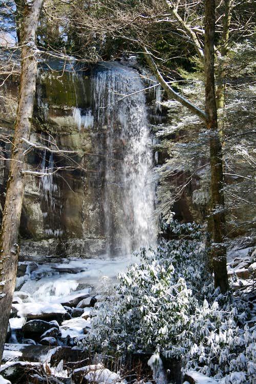 Rainbow Falls in Snow
