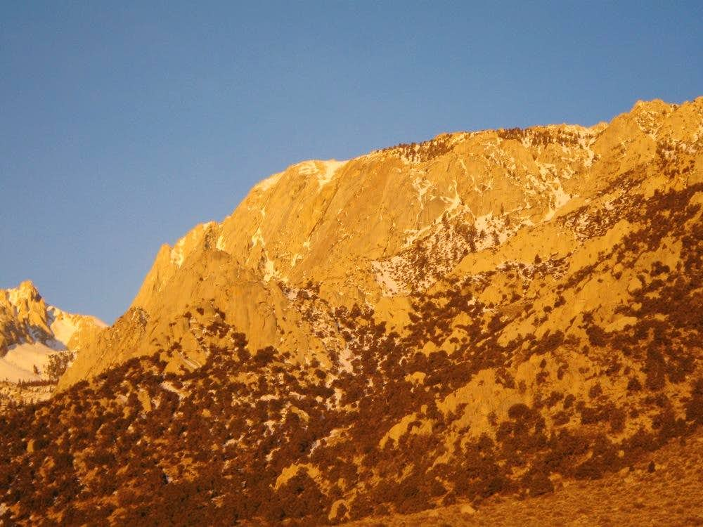 Alpenglow on Lone Pine Peak