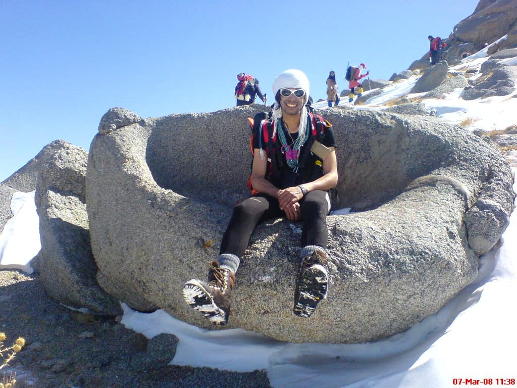 natural stony chair on Alvand route